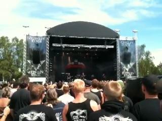 Raubtier - Det Finns Bara Krig (Sweden Rock Festival 2011)